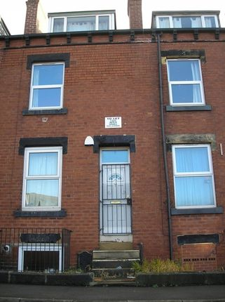Thumbnail Terraced house to rent in Spring Grove Walk, Hyde Park, Leeds