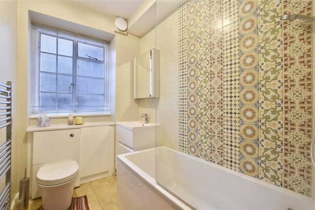 2 bed flat for sale in Kingswood Court, 48 West End Lane