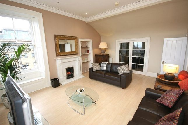 Thumbnail Flat to rent in George Street, New Town, Edinburgh