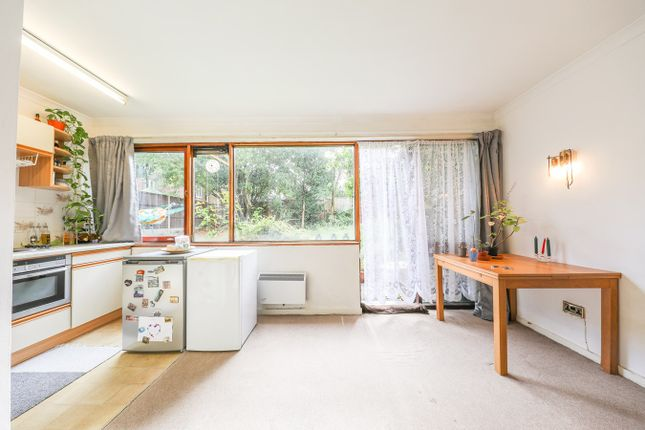 Studio for sale in Bampton Road, Forest Hill, London SE23
