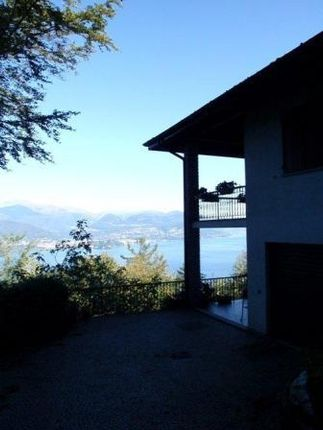 Picture No.03 of Scenic Villa, Stresa, Lake Maggiore