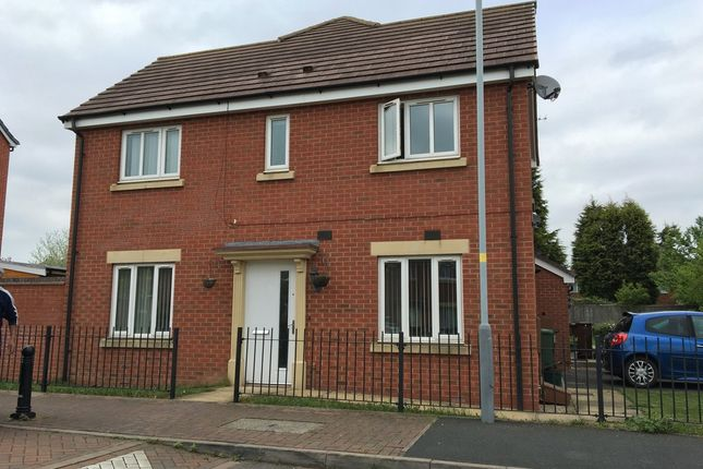 Thumbnail Semi-detached house to rent in Greenock Crescent, Wolverhampton