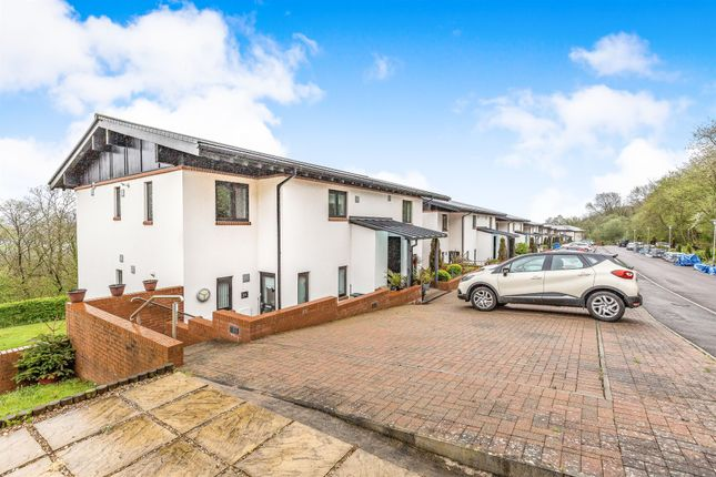 Thumbnail Maisonette for sale in Woodridge, Bridgend
