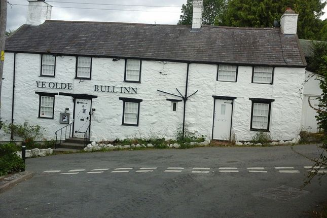 Pub/bar for sale in Llanbedr Y Cennin, Conwy