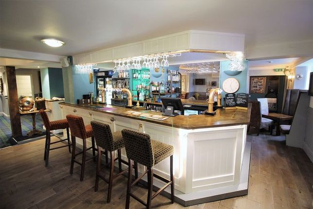 Thumbnail Pub/bar for sale in Klosters Bar, 18-19 York Place, Scarborough