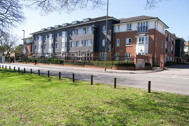 Thumbnail Flat for sale in Church Hill Road, East Barnet