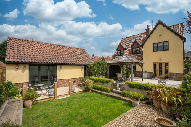 Thumbnail Detached house for sale in Sotterley Road, Hulver, Beccles