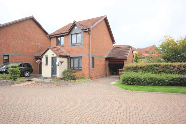 Thumbnail Detached house for sale in Wheatfield Loan, Loanhead