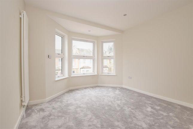 Bedroom 1 of Amberley Grove, Croydon, Surrey CR0