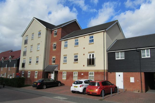 Thumbnail Flat to rent in White's Way, Hedge End, Southampton