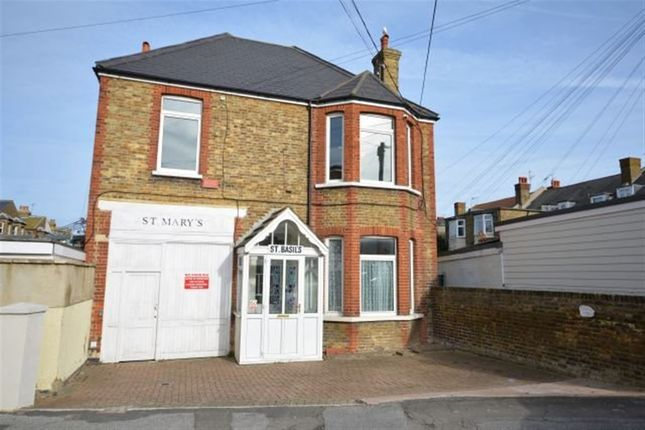 Commercial property to let in Cumberland Lodge, Cumberland Road