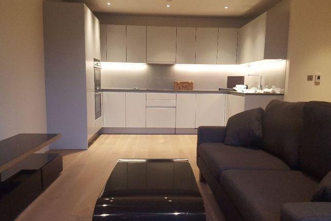 2 bed flat to rent in Sophora House, Battersea, 342 Queenstown Road, London