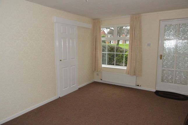 Lounge of Staunton Road, Cantley, Doncaster DN4
