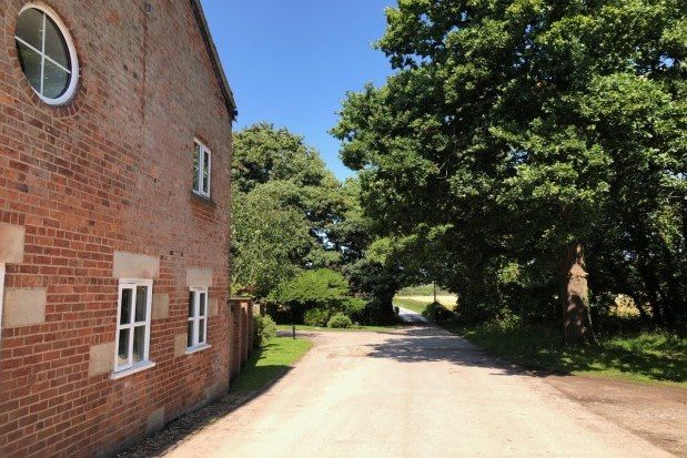 Thumbnail Property to rent in Bretherton, Leyland