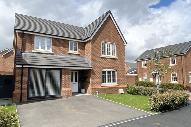 Thumbnail Detached house for sale in Y Dolydd, Aberdare, Mid Glamorgan