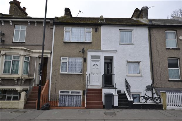 Thumbnail Terraced house for sale in Cuthbert Road, Croydon