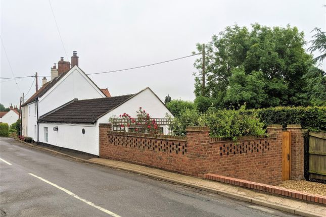 4 bed cottage for sale in Vicarage Lane, Grasby, Barnetby DN38