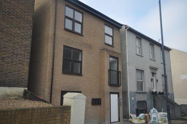 Thumbnail Flat to rent in Church Walk, Milton Road, Gravesend