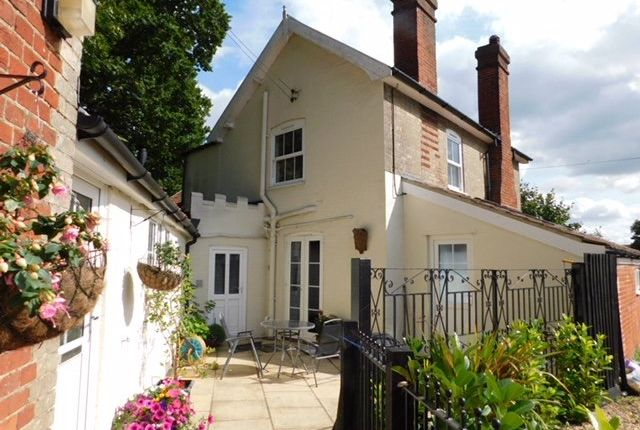 Thumbnail Detached house for sale in High Road, Great Finborough, Stowmarket