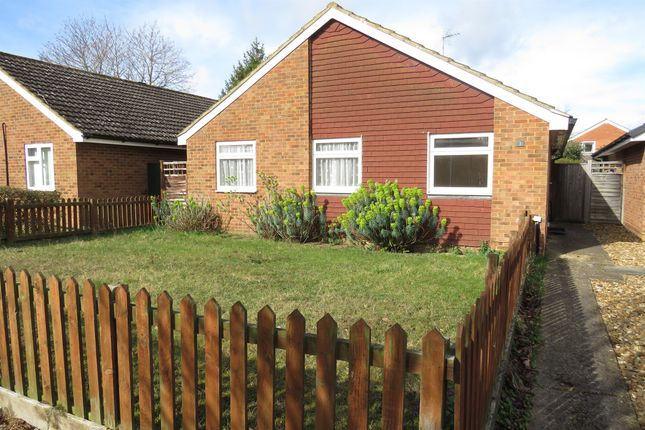 Thumbnail Detached bungalow for sale in Lawrence Walk, Newport Pagnell