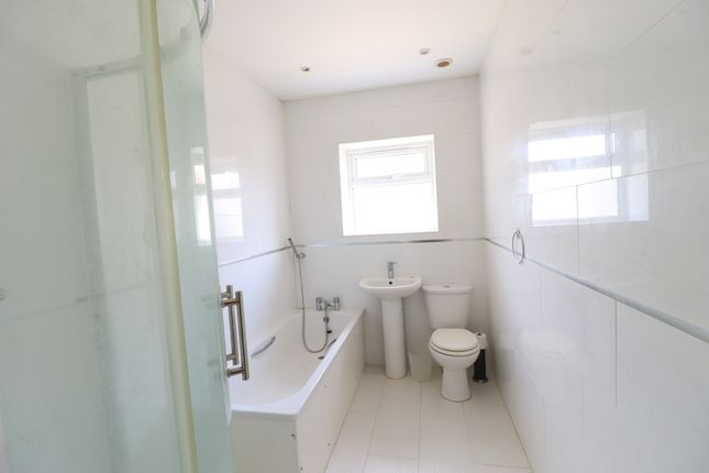 Bathroom of Grendon Underwood, Aylesbury HP18