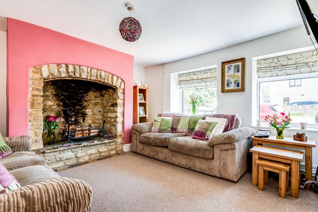 Lounge of Oxford Hill, Witney OX28