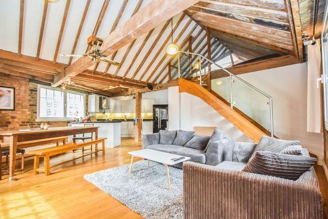 Thumbnail Flat for sale in Devon House, Maidstone Buildings Mews, London Bridge