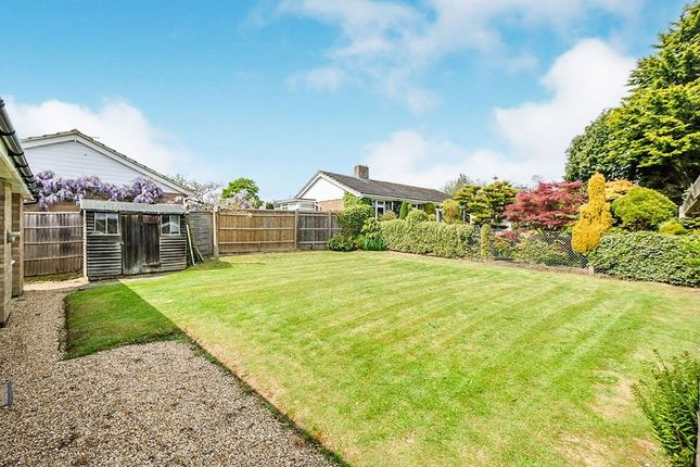 Thumbnail Bungalow for sale in Fromandez Drive, Horsmonden, Tonbridge