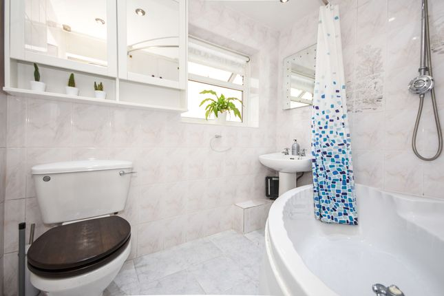 Bathroom of Rochford, Essex, . SS4