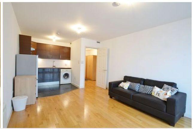 1 bed flat to rent in Tyler Street, Greenwich, London SE10