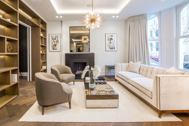 Thumbnail Terraced house to rent in Campden Hill Gardens, London