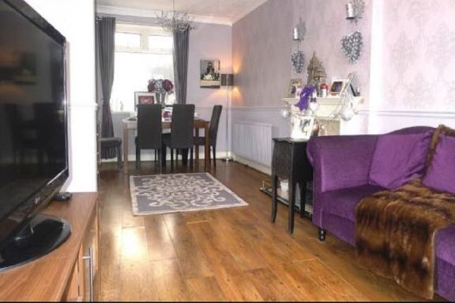 Thumbnail Semi-detached house to rent in Ashwood Avenue, Essex