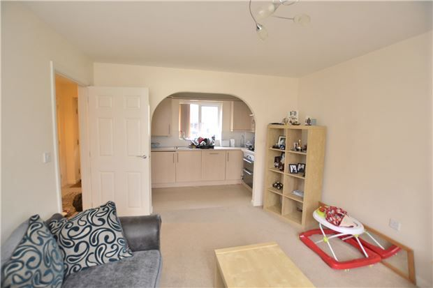 Thumbnail Maisonette for sale in Watermint Drive, Tuffley, Gloucester