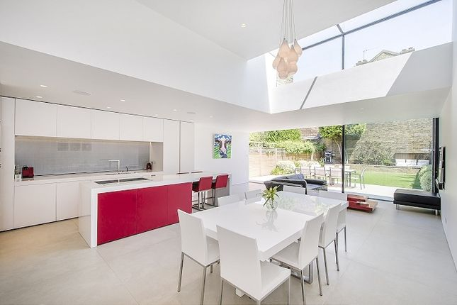 Thumbnail Semi-detached house to rent in Elms Road, London