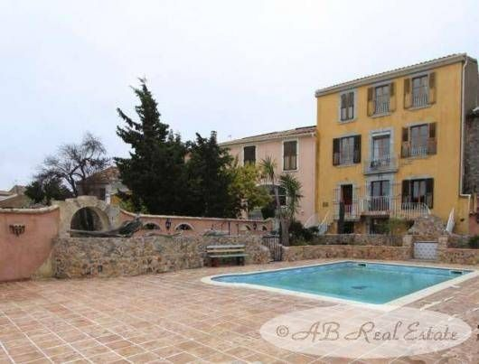 Thumbnail Hotel/guest house for sale in Fitou, France