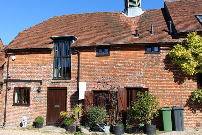 Thumbnail Cottage to rent in West Street, Alresford, Hampshire