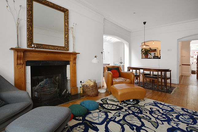 Thumbnail Terraced house to rent in Finlay Street, London