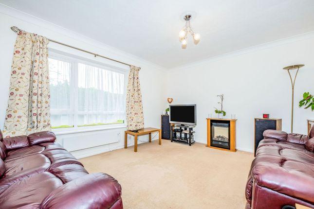 Living Room of 3 Upper Park Road, Camberley GU15