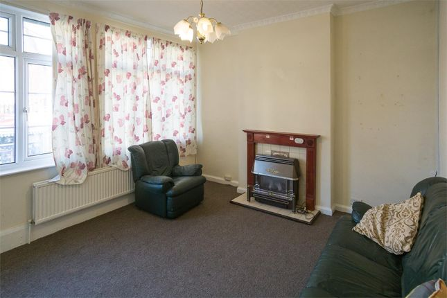 Thumbnail Flat to rent in Courtyard Mews, Queen Street, Withernsea