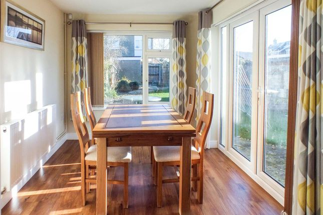 Dining of Hale Close, Melbourn, Royston SG8