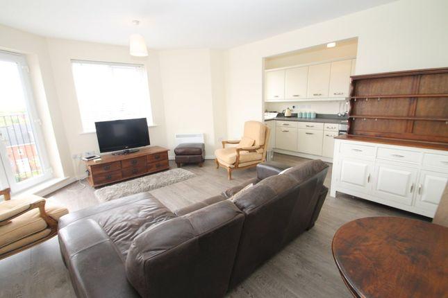 Thumbnail Flat to rent in Waggon Road, Middleton, Leeds