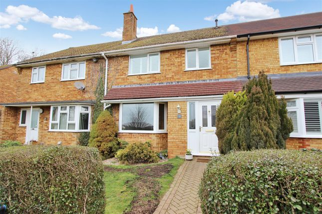 Thumbnail Terraced house for sale in Furze Road, Chaulden, Hemel Hempstead