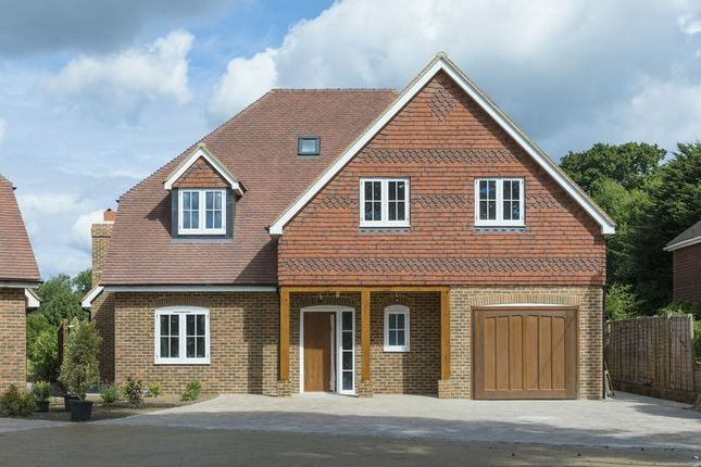 Thumbnail Detached house for sale in Cox Green, Rudgwick, Horsham