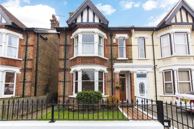 Picture No. 32 of Lennox Road East, Gravesend, Kent DA11