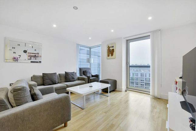 Thumbnail Flat to rent in Mill Lane, London