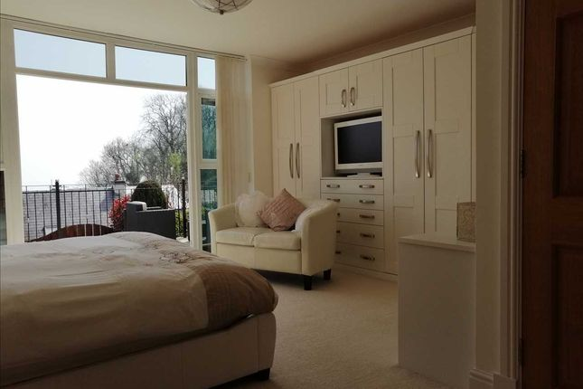 Bedroom of Ocean View, Pendine, Carmarthen SA33