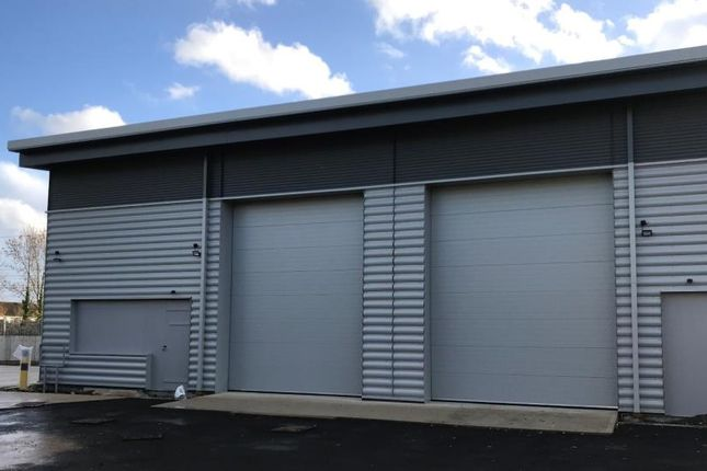 Industrial to let in Units 7&8, Marshgate Trading Estate, Taplow, Berkshire