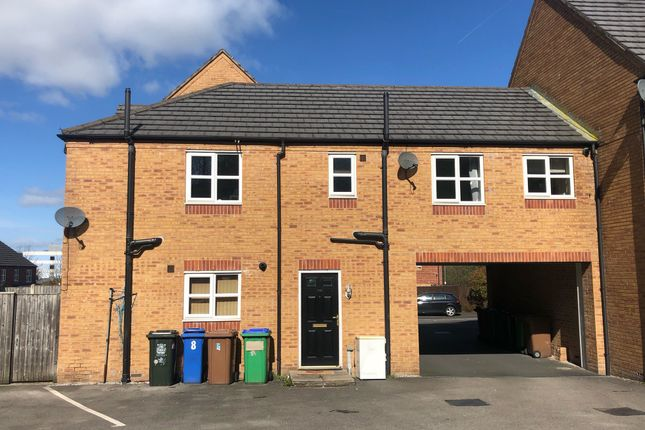 Thumbnail Flat to rent in Heys Close, Rochdale