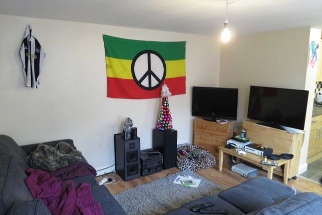 Thumbnail Semi-detached house to rent in Brocklebank Road, Fallowfield, Manchester