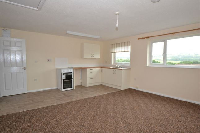 Thumbnail Flat to rent in Peardsdown Close, Barnstaple